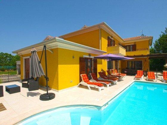 Ferienvilla und Pool - Objekt 150284-328