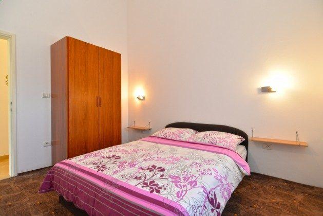 FW2 Schlafzimmer - Bild 2 - Objket 160284-331