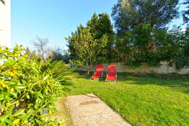 Sonnenliegen im Garten - Objket 160284-331