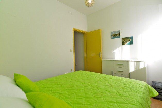 Schlafzimmer 2 große Wohnung - Bild 2 - Objekt 160284-332