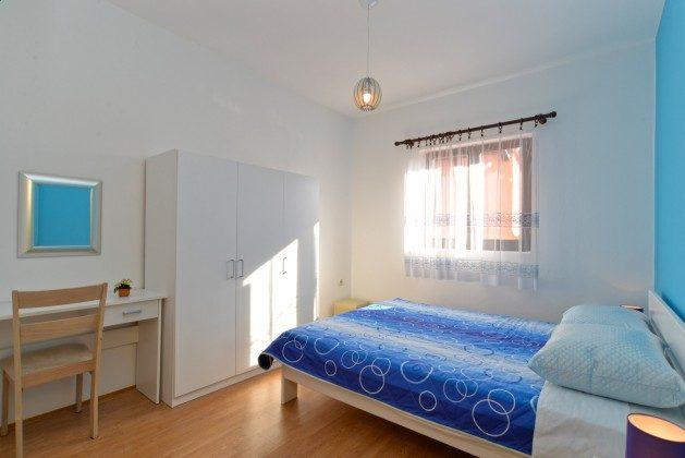 Schlafzimmer 1 große Wohnung - Bild 1 - Objekt 160284-332