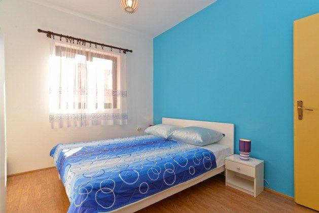 Schlafzimmer 1 große Wohnung - Bild 2 - Objekt 160284-332