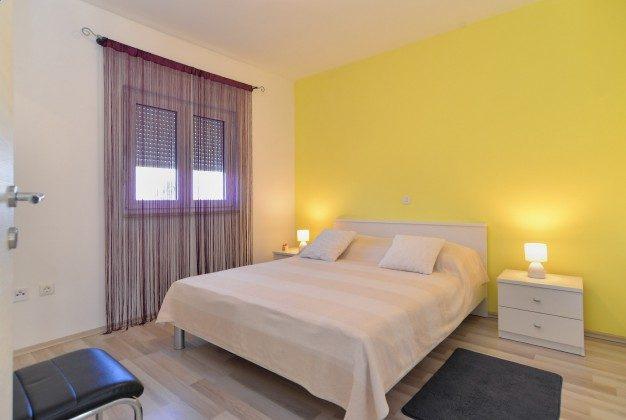 Schlafzimmer 1 - Bild 1 - Objekt 160284-337