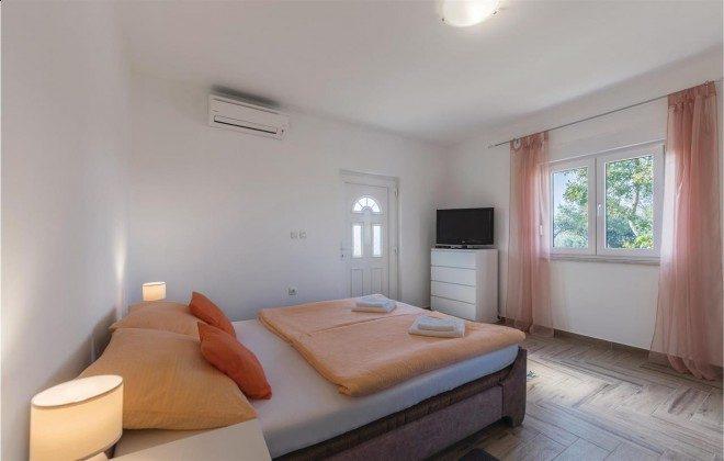Schlafzimmer 2 - Bild 1 - Objekt 160284-337