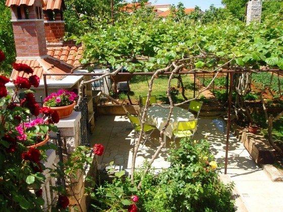 Gemeinschaftsterrasse mit Gartengrill - Objekt 160284-338