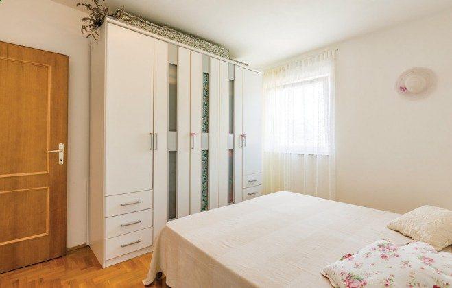 Schlafzimmer - Bild 2 - Objekt 160284-343