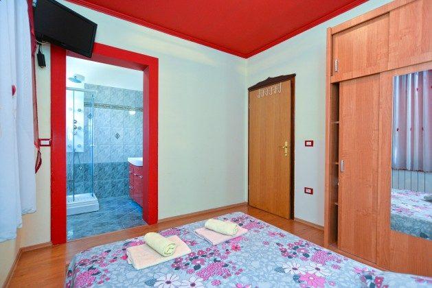 EG Schlafgzimmer 1 mit Bad en suite - Objekt 160284-344