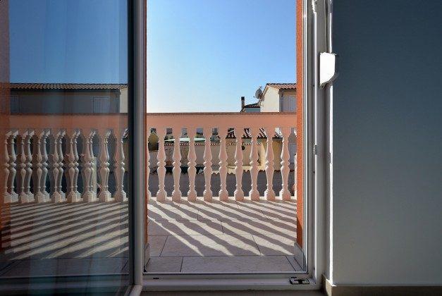 Schlafzimmer 1 Balkon - Objekt 160284-347