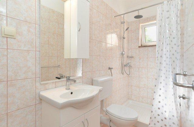 Duschbad 1 von 4 - Objekt 160284-353
