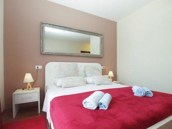 Schlafzimmer 1 -- Bild 1 - Objekt 160284-360