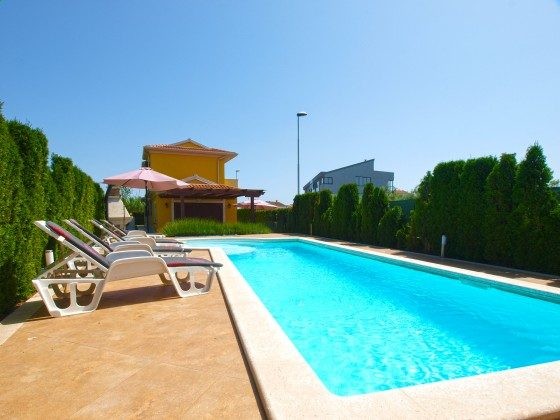 Ferienvilla und Pool - Objekt 160284-360