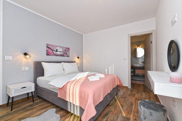 Schlafzimmer 1 - Bild 1 - Objekt 160284-366