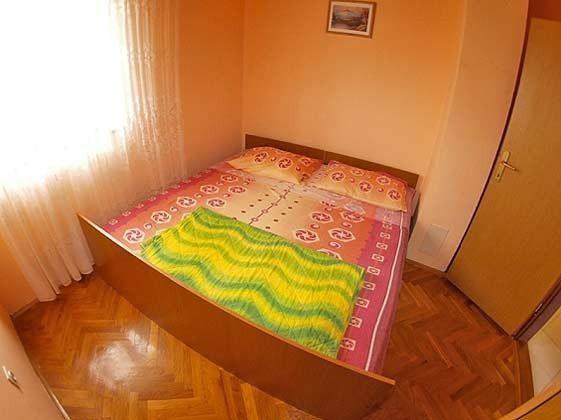 A2 Schlafzimmer 1