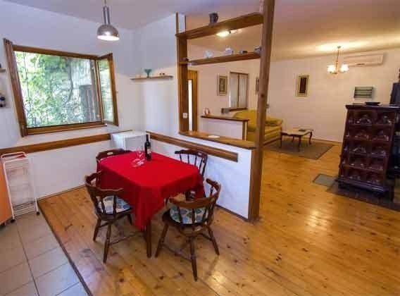 Blick von der Küche ins Wohnzimmer -  Objekt  60284-63