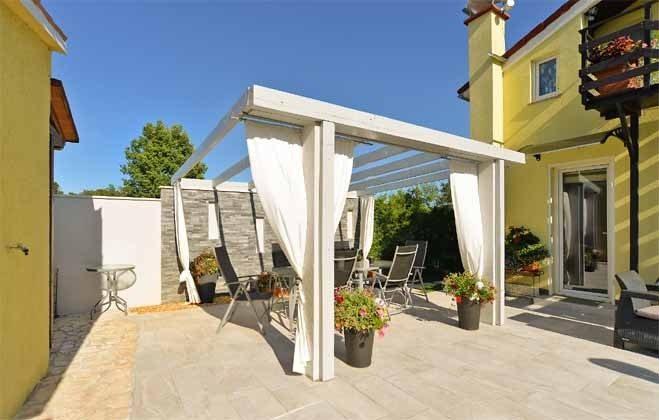 Terrasse an der Sommerküche - Bild 1 - Objekt 160284-71