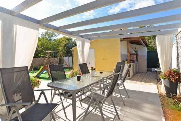 Terrasse an der Sommerküche - Bild 2 - Objekt 160284-71