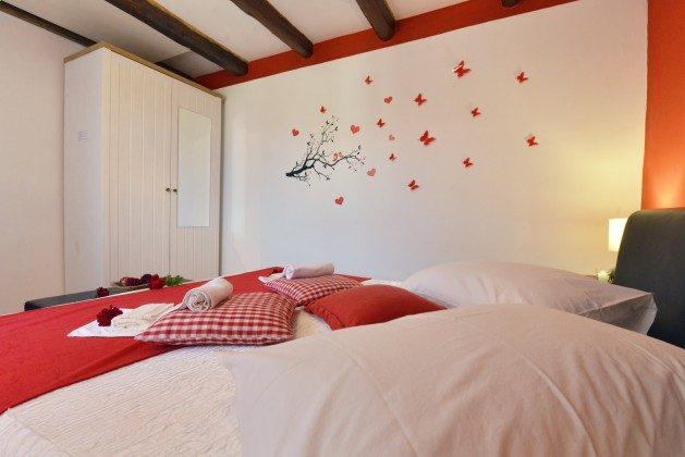 1. Etage Schlafzimmer 1 - Bild 2 - Objekt 160284-80