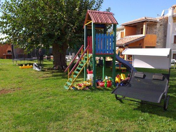Spielgeräte im Garten - Bild 4 - Objekt 160284-80