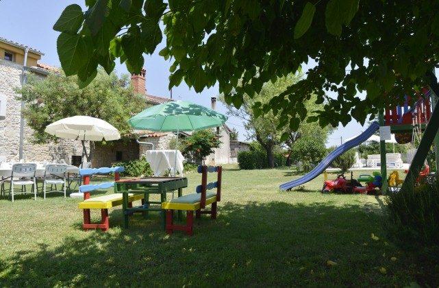 Spielgeräte im Garten - Bild 3- Objekt 160284-80