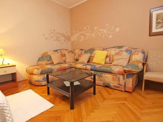 Wohn/Schlafzimmer 2