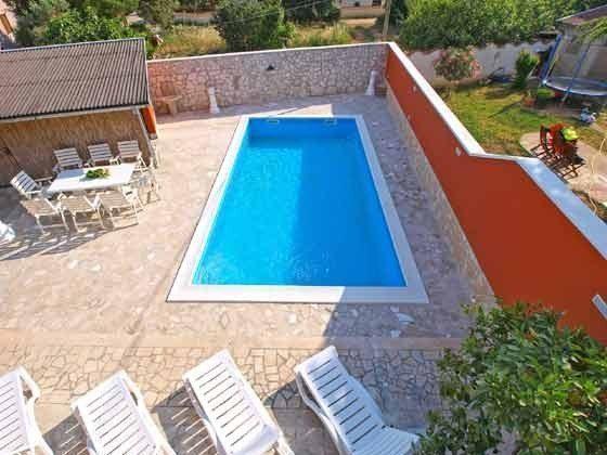 Pool und Terrasse - Bild 3 - Objekt 160284-8 Bild 2