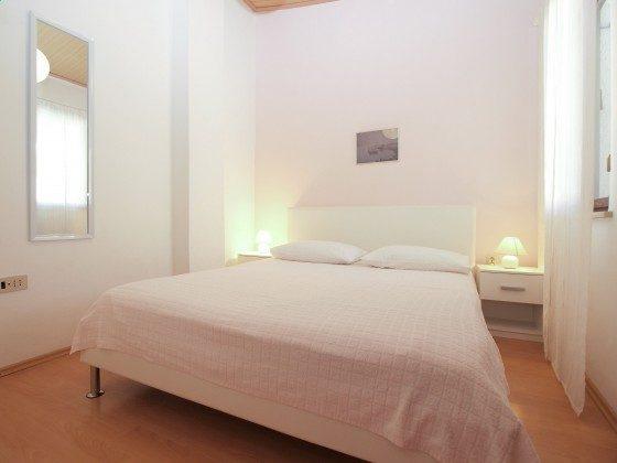 A2 Schlafzimmer 1 - Objekt 160284-93