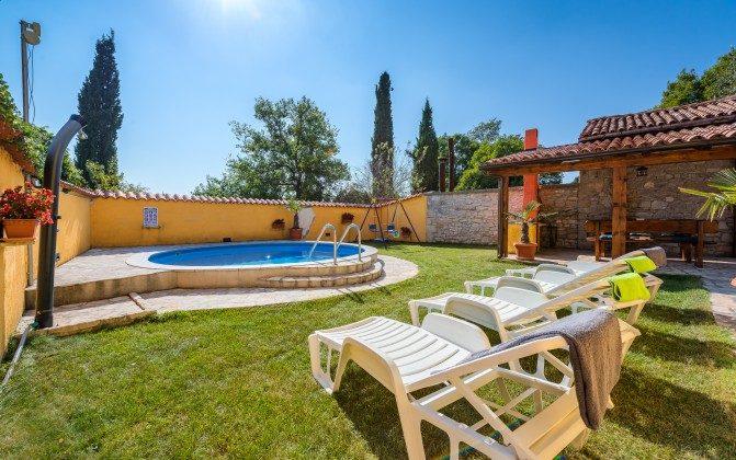 Pool und Garten - Bild 3 - Objekt 160284-9