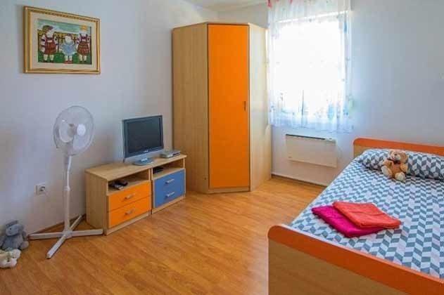 Schlafzimmer 3 - Bild 2 - Objekt 201110-1