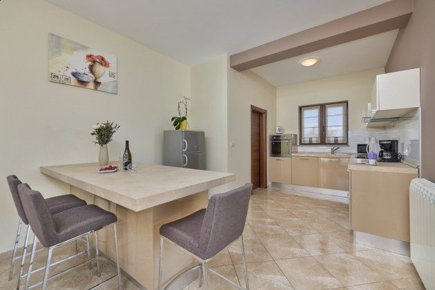 Küche - Bild 2 - Objekt 225602-1