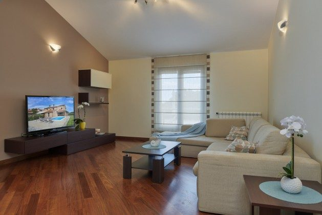 Wohnzimmer - Bild 2 - Objekt 225602-1