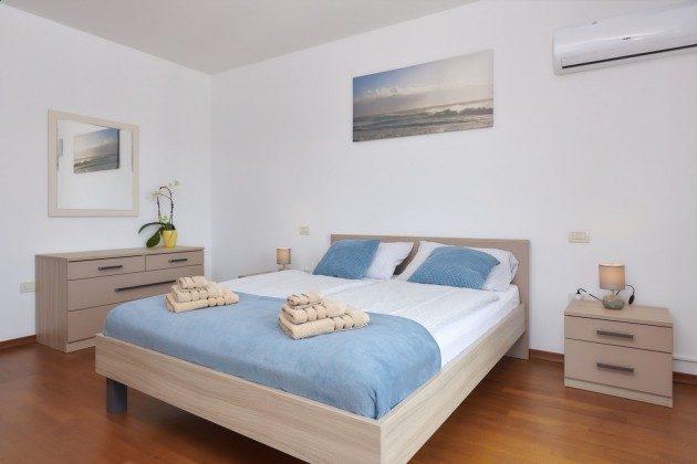 Schlafzimmer 1 - Bild 2 - Objekt 225602-1