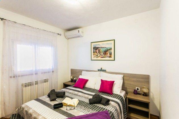 Schlafzimmer 1 - Bild 1 - Objekt 225602-8