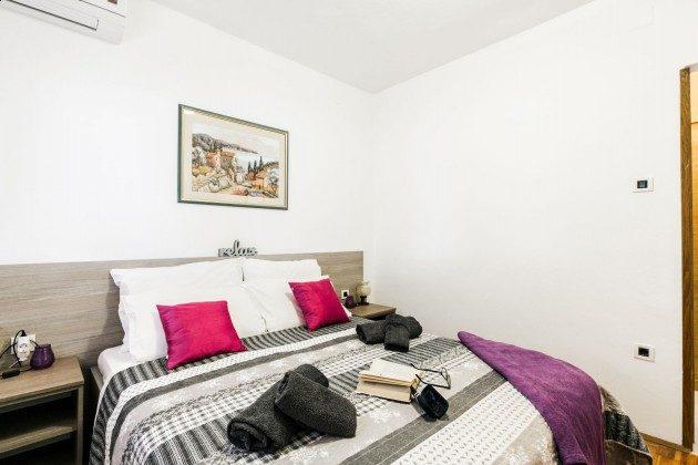Schlafzimmer 1 - Bild 2 - Objekt 225602-8