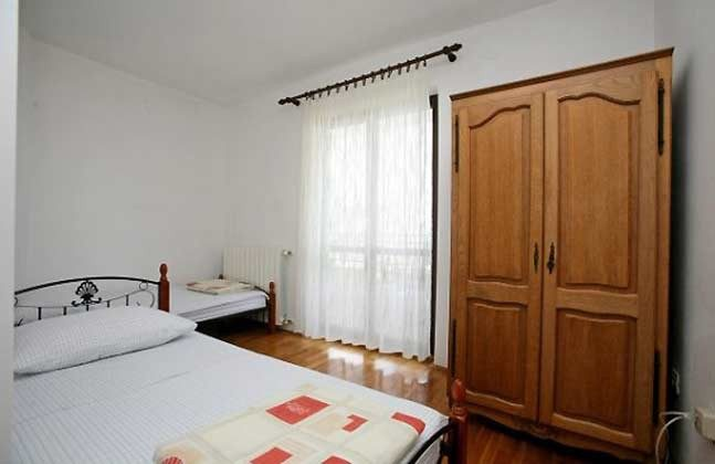 FW3 Doppelzimmer 1 von 3 - Objekt 160284-108