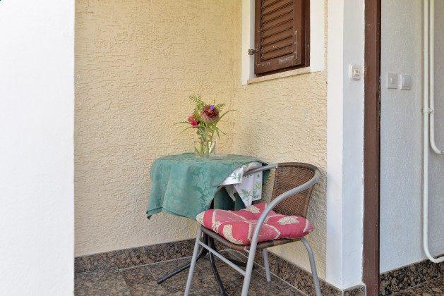 A3 kleiner Sitzplatz am Eingang - Objekt 160284-7