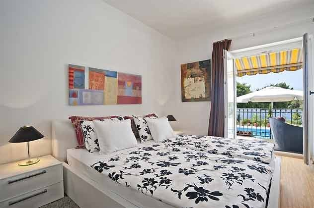 Schlafzimmer 1 von 4
