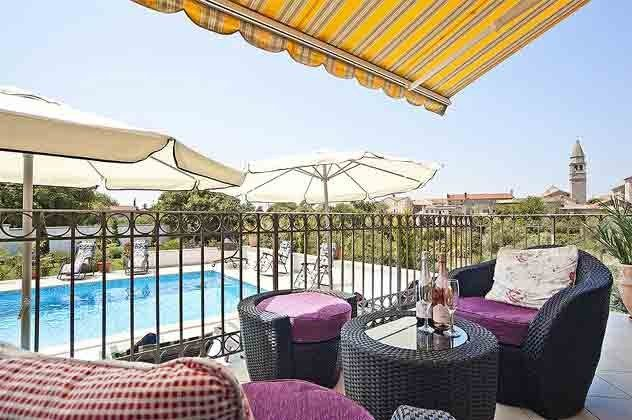 Terrasse und Pool - Objekt 138493-15