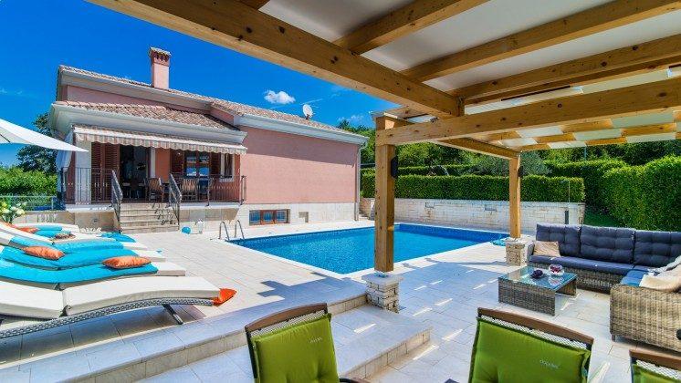 Ferienvilla obere Etage mit Pool und Grillterrasse - Objekt 138493-28