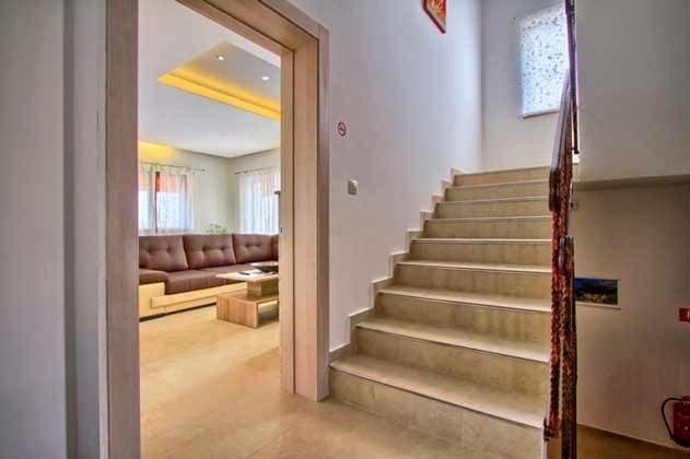 Treppenaufgang ins OG - Objekt 147315-1
