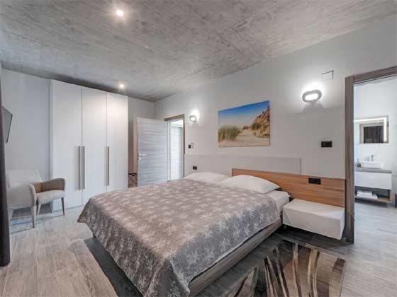 Schlafzimmer 1 von 5 mit Bad en suite - Beispiel 4 - Objekt 147315-2