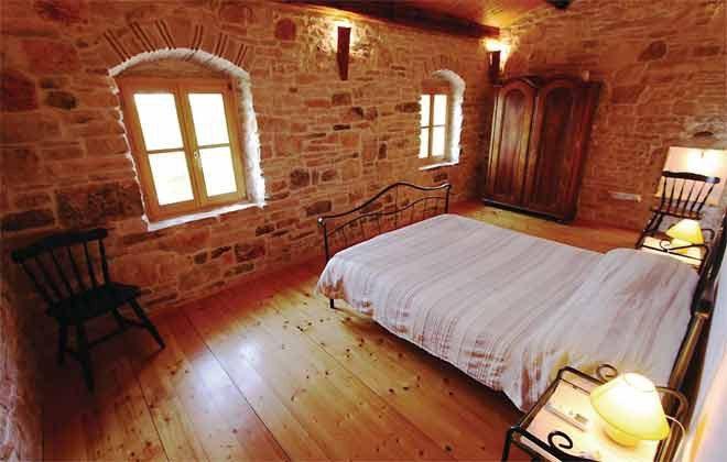 Schlafzimmer 2 von 5 - Bild 1 - Objekt 160284-145