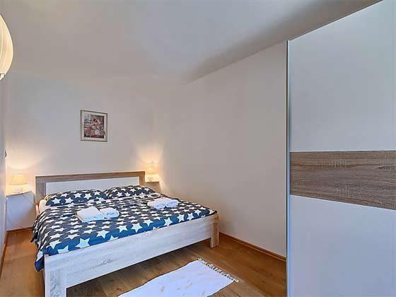 Schlafzimmer 1  EG  - Objekt 160284-22