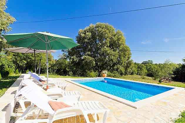 Pool und Poolterrasse - Bild 1 - Objekt 160284-22