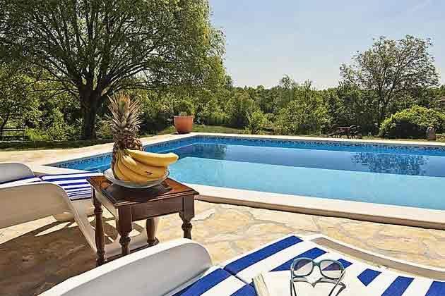 Pool und Poolterrasse - Bild 2 - Objekt 160284-22
