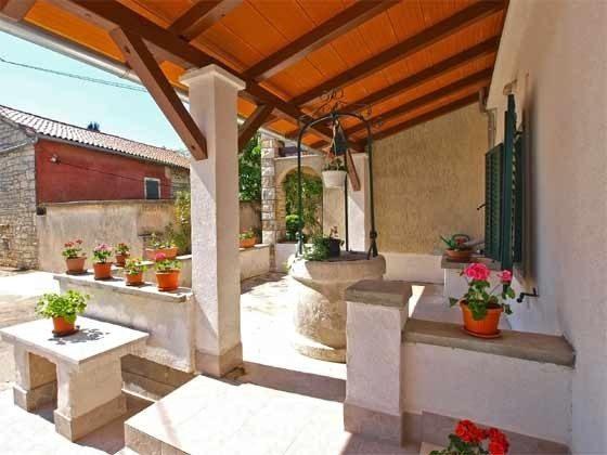 Terrasse vor dem Haus - Bild 3 - Objekt 160284-230
