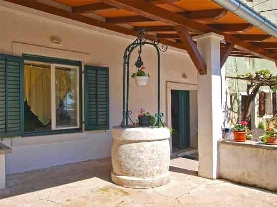 Terrasse vor dem Haus - Bild 4 - Objekt 160284-230
