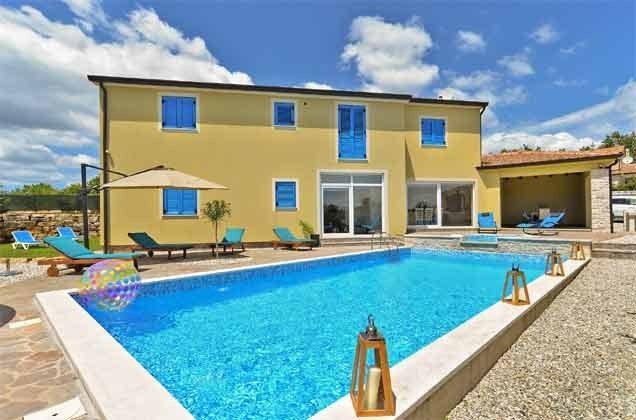 Villa und Pool - Objekt 160284-255