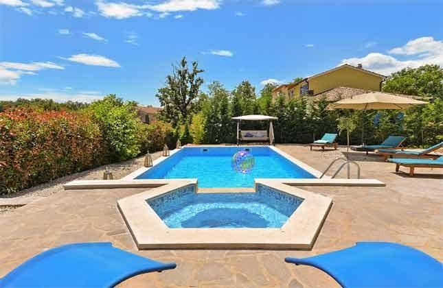 der Poolbereich - Objekt 160284-255