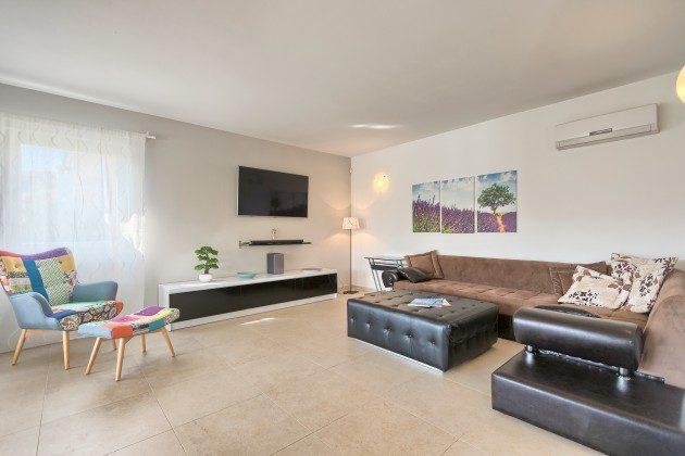 großes Wohnzimmer - Objekt 160284-286