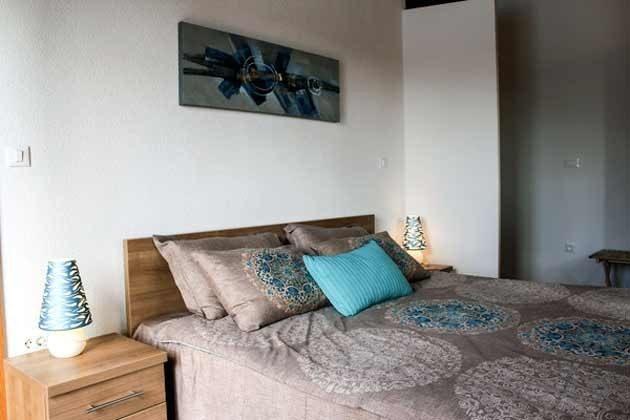 Schlafzimmer 1 im Obergeschoss - Bild 2 - Objekt 165118-1